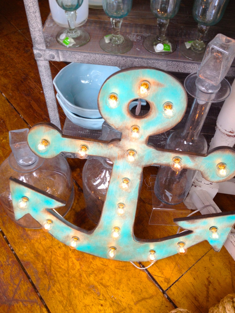 Really loved this aqua anchor tricked out with lights, too.